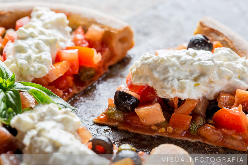 pizza-burrata-olive-capperi (1)