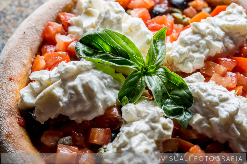 pizza-burrata-olive-capperi (4)