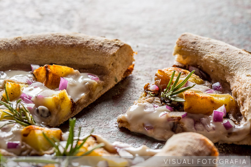 pizza-fagioli-patate-cipolla-rosmarino (1)