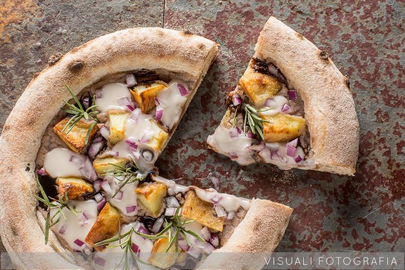pizza-fagioli-patate-cipolla-rosmarino (5)