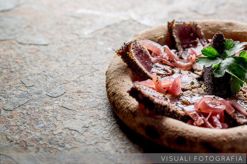 pizza-tagliata-tonno-olive (5)